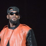 Breaking Confidentiality, R. Kelly Accuser Goes Public Claiming Underage Relationship