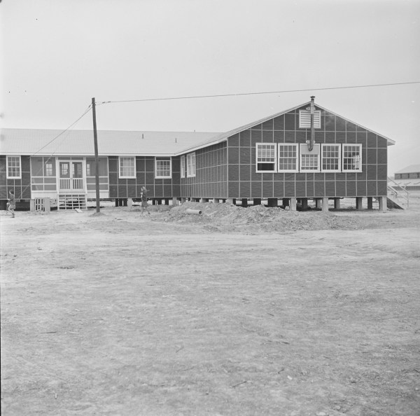 [Photo] Hospital building, Jerome War Relocation Center ...