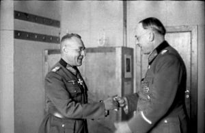 Bundesarchiv_Bild_101I-111-1791-10,_Gen._Karl_Weisenberg,_Gen.Oberst_Lothar_Rendulic
