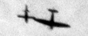Spitfire_Tipping_V-1_Flying_Bomb