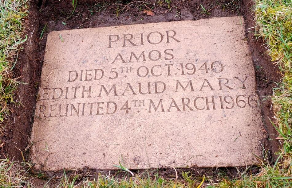 Prior, Amos