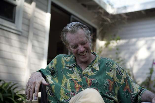 Dan Hicks focused on his commitment to perform for the 110th birthday tribute to Fats Waller at SFJazz while he was ill. Photo: Michael Short, The Chronicle