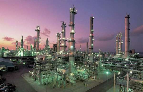 Valero Energy's Corpus Christi refinery sued after water ...