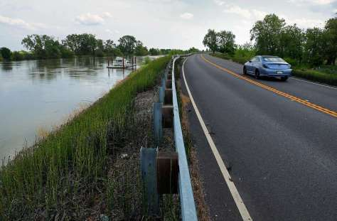River road near Walnut Grove, Ca. on Wed. April 19, 2017, is also the western back and levee of  the Sacramento River. Photo: Michael Macor, The Chronicle
