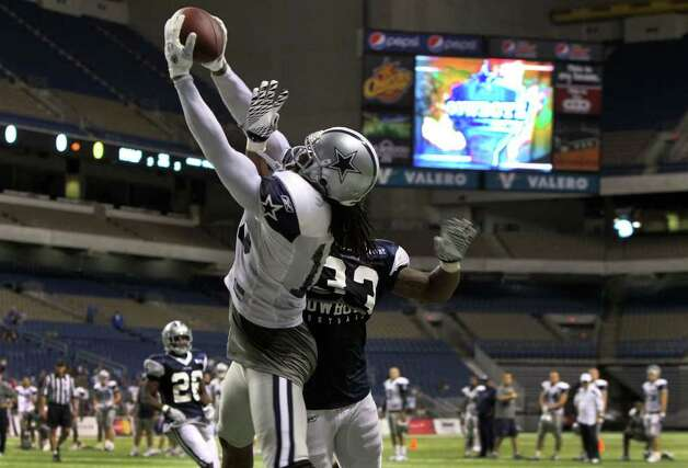 FORTH AND LONG SHOT - New England Patriots sign former Dallas Cowboys WR Jesse Holley - The Boys Are Back blog