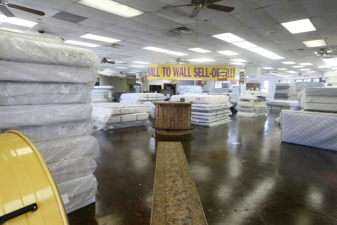 The Vacant Showroom Of Miracle Mattress Outlet At 4945 Northwest Loop 410 On Friday After San Antonio