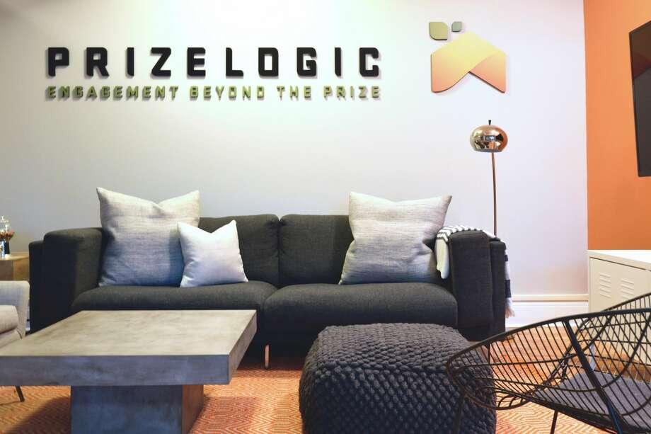 Virtual interior design games