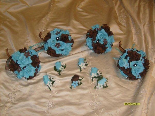 Wedding Flowers: Brown And Blue Wedding Flowers