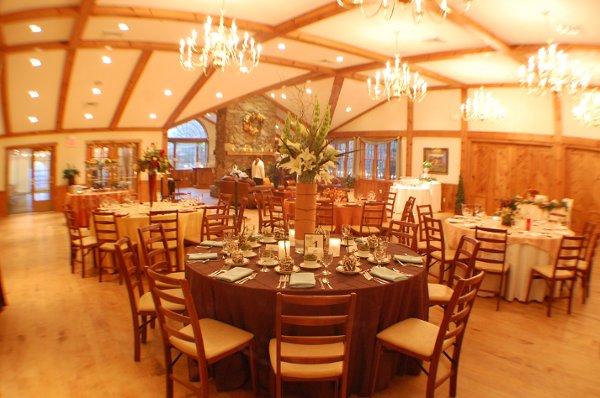 Zukas Hilltop Barn Spencer Ma Wedding Venue