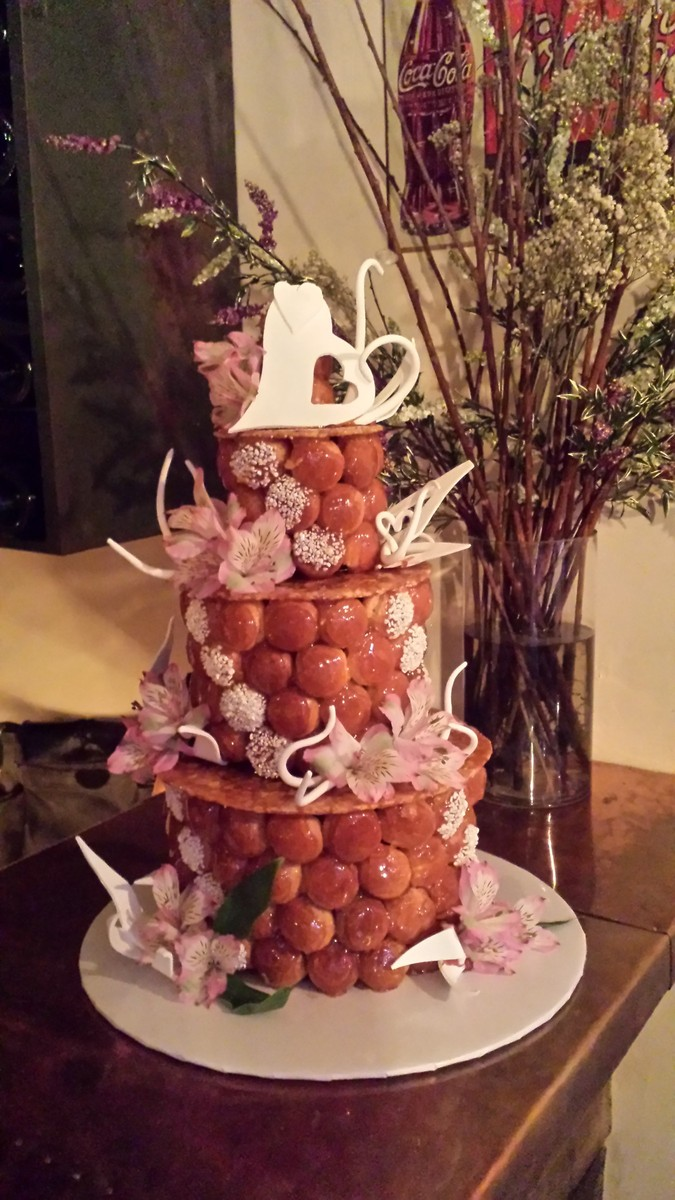 French Encas   Wedding Cake   New York  NY   WeddingWire