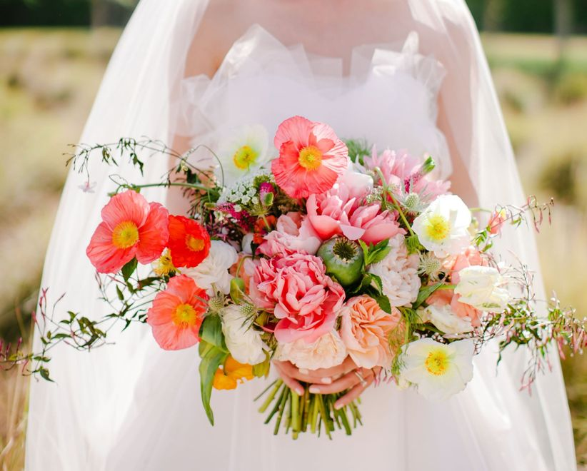 10 Spring Wedding Flowers We Love