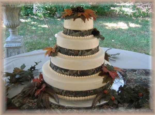 Mossy Oak Camo Wedding Reception Decorations
