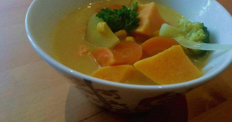 Kookos-currykeitto