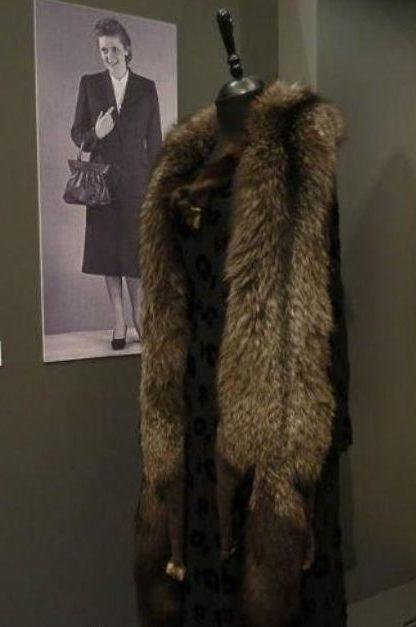 Трофейная одежда для генеральских жен.