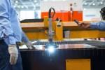 engineering-manufacturing-steel-metal-cutting-employees