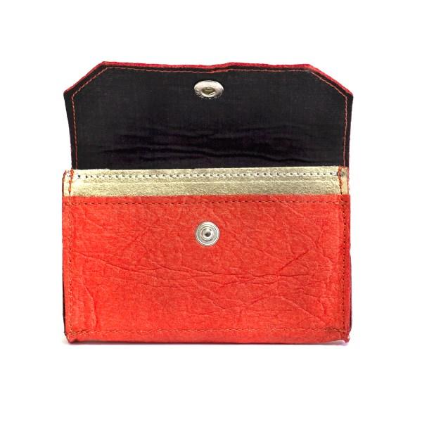 Open view of the chic vegan Phulan wallet Piñatex Paprika Gold