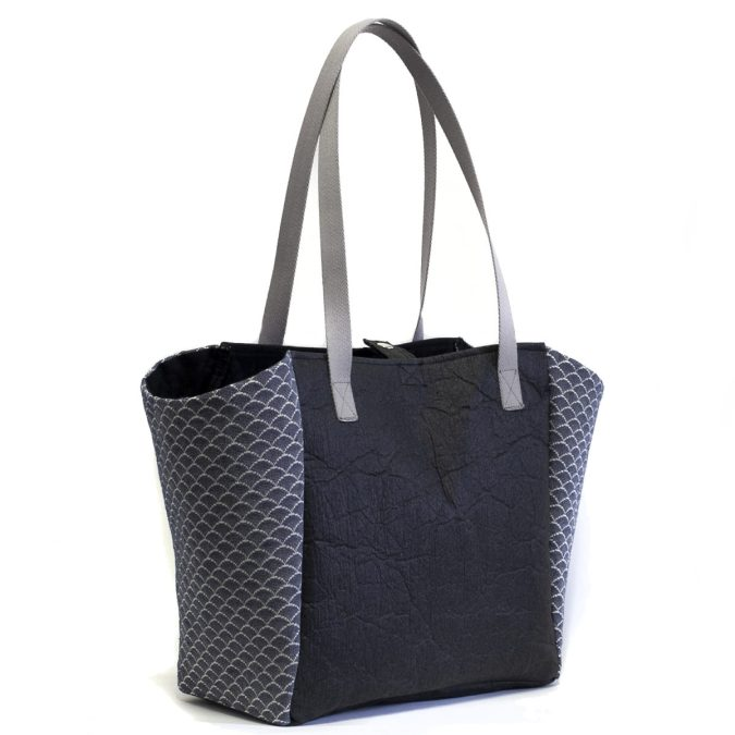 Pinatex tote bag side view made in France from recycled material