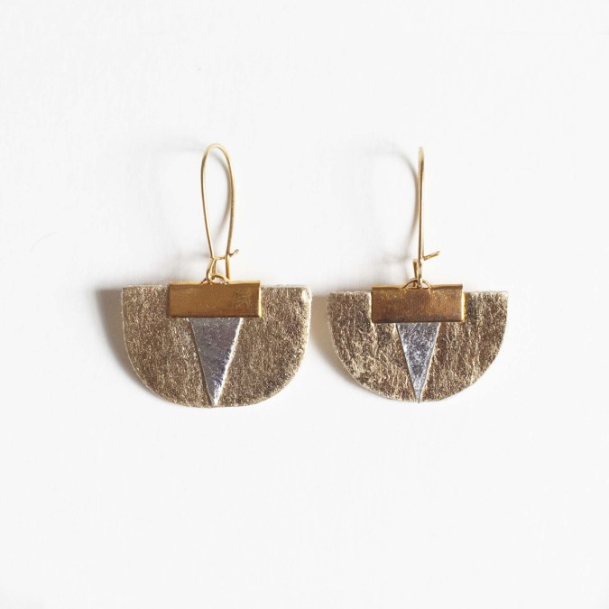 Daisy Earrings with Piñatex® Gold and Silver. Made in France