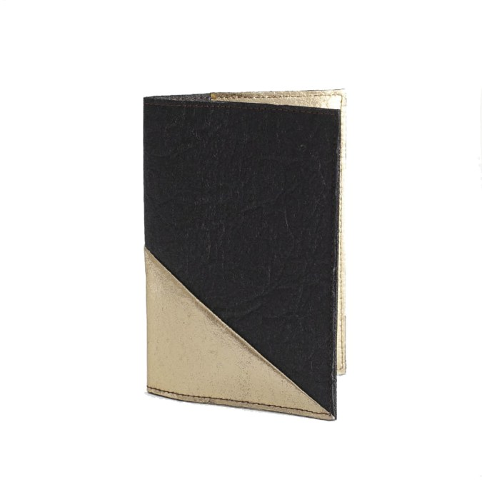 Delia passport cover Black and gold Piñatex