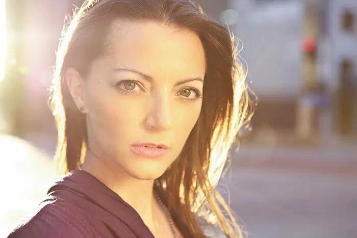 Kara Edwards Headshot