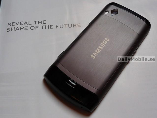 Samsung-s8500-Wave-03