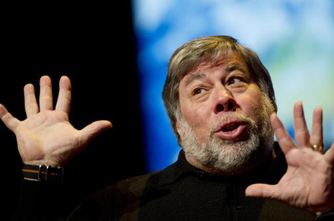 Apple co-founder Steve Wozniak picks Windows Phone