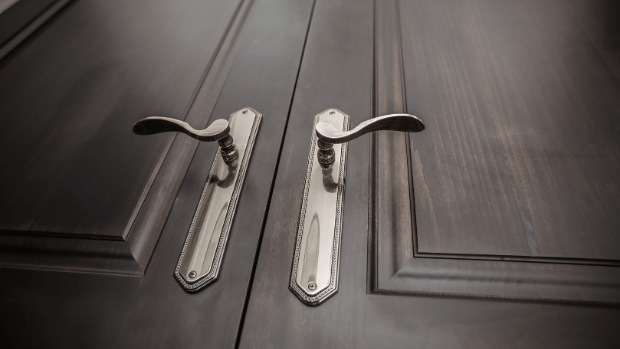 Complementarians in Closed Rooms