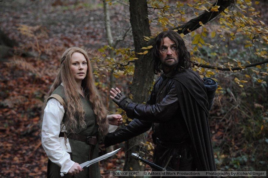 Gilraen (Beth Aynsley) & Arathorn (Christopher Dane)