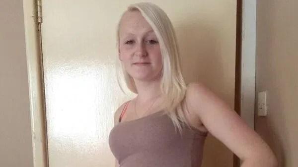 La mujer de 23 años, Louise Porton, fue acusada de asesinar a sus dos hijas porque le estorbaban para su estilo de vida (Foto: Facebook)