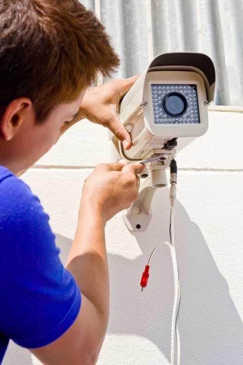 mounting the cctv camera