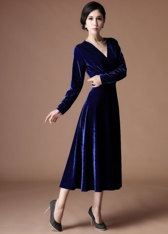 A Line Royal Blue Velvet V Neck Tea Length Fashion