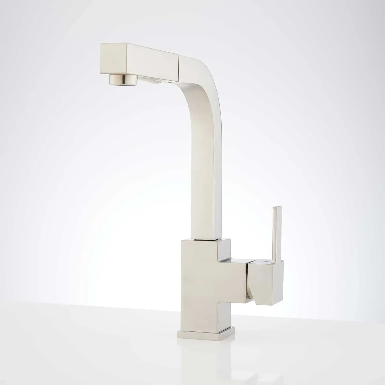 castor single hole pull out kitchen faucet