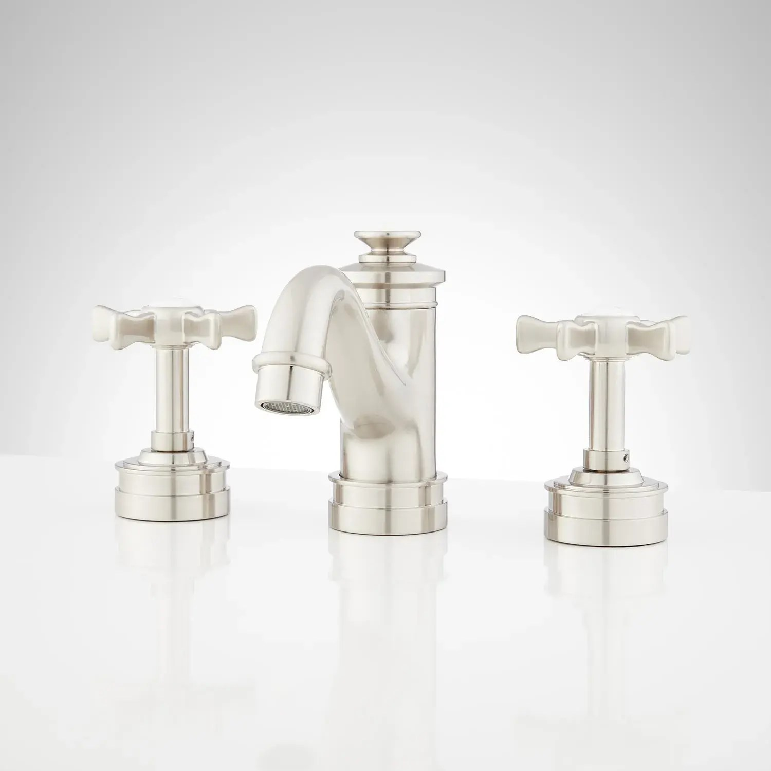 mellwood widespread bathroom faucet with cross handles