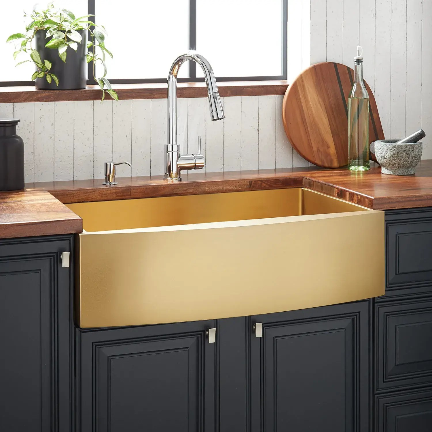 36 atlas stainless steel farmhouse sink curved apron matte gold
