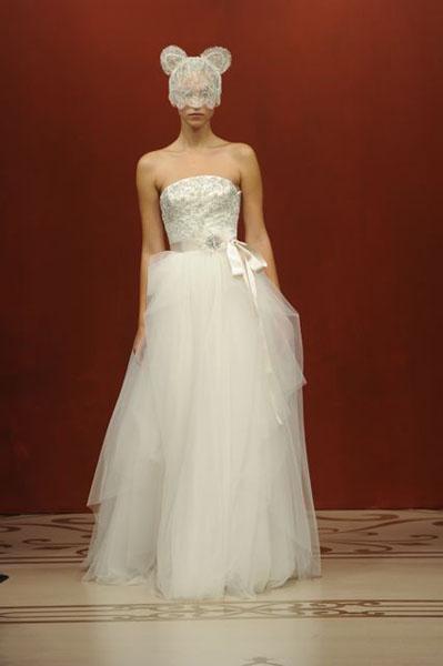 Bridal Market 2010 - Reem Acra :  wedding bridal market 2010  Val0688 _VAL0688