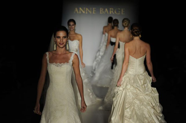 Bridal Market 2010 - Anne Barge :  wedding bridal market 2010  Val3762 _VAL3762