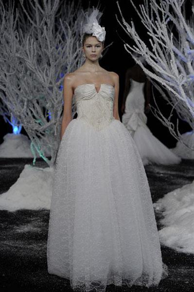 Bridal Market 2010 - Douglas Hannant :  wedding bridal market 2010  Val3978 _VAL3978