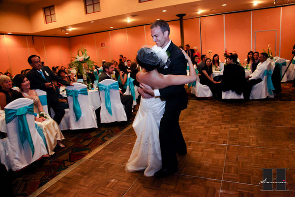 With this Wing: DIY First Dance :  wedding pictures pro pics recap san diego Recepti03 Recepti03