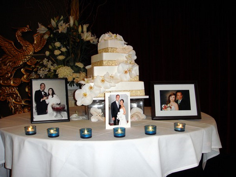 With This Wing: Cake Cutting :  wedding pictures pro pics recap san diego Nguyet001 Nguyet001