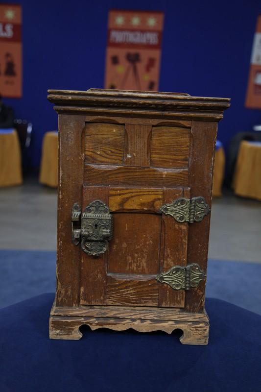 Salesmans Sample Ice Box Ca 1900 Antiques Roadshow PBS