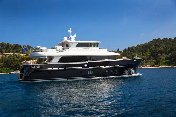 Yacht DESTINY 785 Fifth Ocean Motor Yacht
