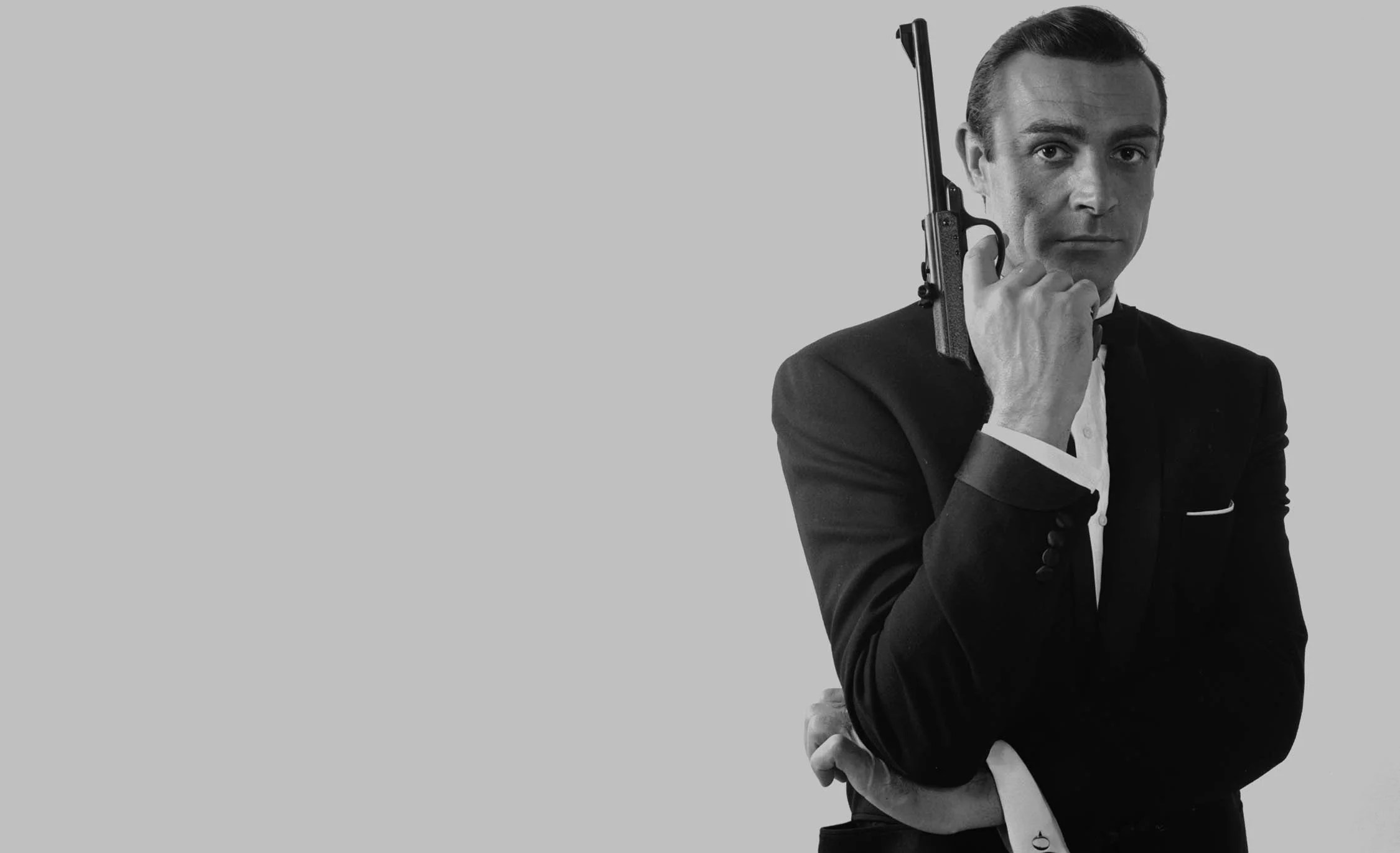 https://i1.wp.com/www.007.com/wp-content/uploads/2014/01/Sean-Connery-james-bond-BW.jpg