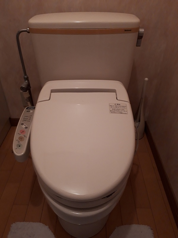 大阪市城東区のトイレの水漏れ施工事例
