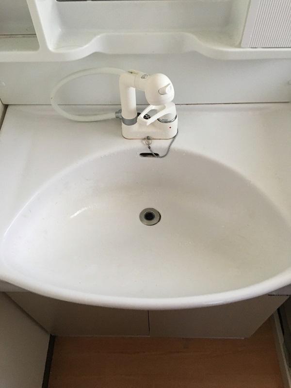 大阪市中央区にて洗面の水漏れ事例