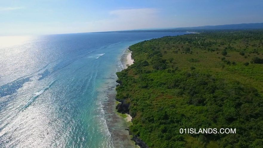 SUMBA-LAND-WAIKELO-BEACH-1