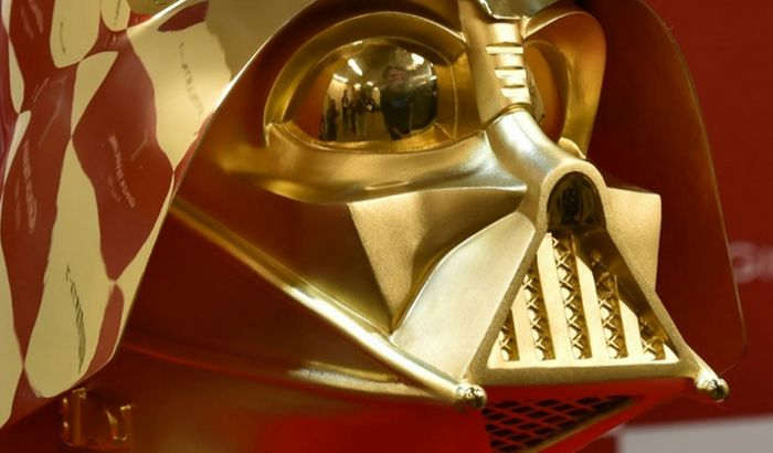 Na prodaju maska Dart Vejdera vredna milion i po dolara