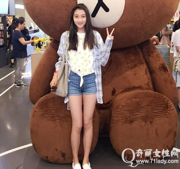 關曉彤身高很驚人超175 真實身高體重曝光與王志文差不多高_女性時尚_美女娛樂網