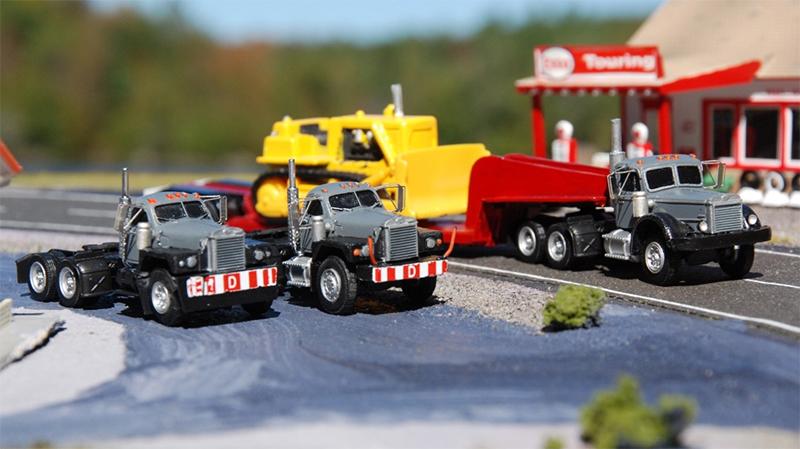 Mack B 81 Truck Tractor Amp Lowboy Trailer