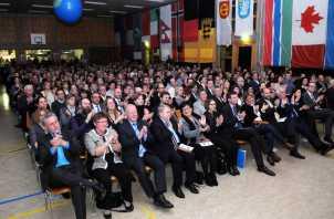 Begeisterter Applaus in der Silberberghalle. Foto: W. Künstle