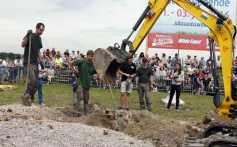 Allmannsweier Ausgrabung Kirchenglocke